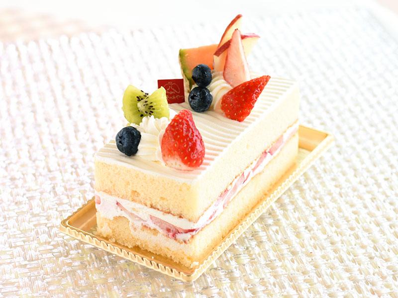 ショートケーキデコレーション